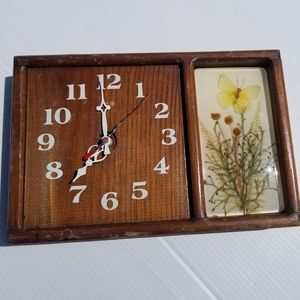 Vintage | Clock + Butterfly & Floral Decor Flowers